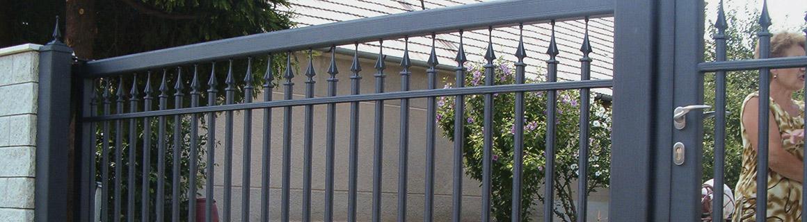 Cais liukukiskot porteille ja oville