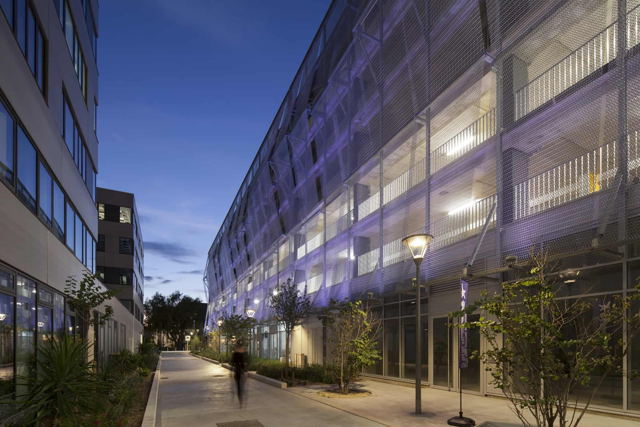 Codina-Architectural-ARTEA-eiffel-4050